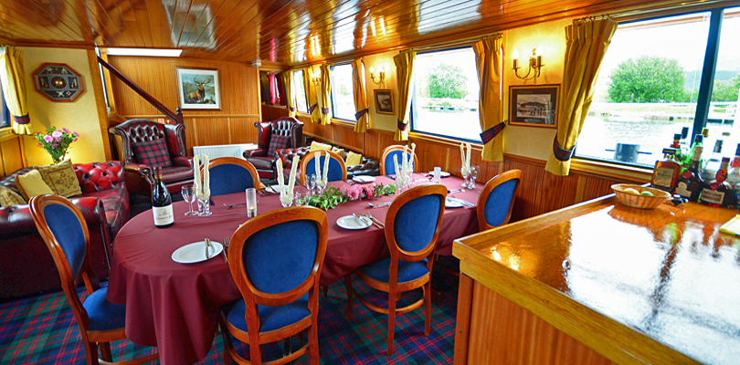 CRUCEROS FLUVIALES ESCOCIA CRUCEROS FLUVIALES HIGHLANDS CRUISES SCOTLAND SOTTISH HIGHLANDER CRUISES BARGE CRUISES SCOTLAND UNITED KINGDOM CRUISES FAMILY CRUISES SCOTLAND