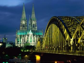 http://www.cruceroclick.com/admin/archivos/Image/CRUCEROS%20FLUVIALES/POLITOURS/MS%20Swiss%20Crystal/KOLN.jpg