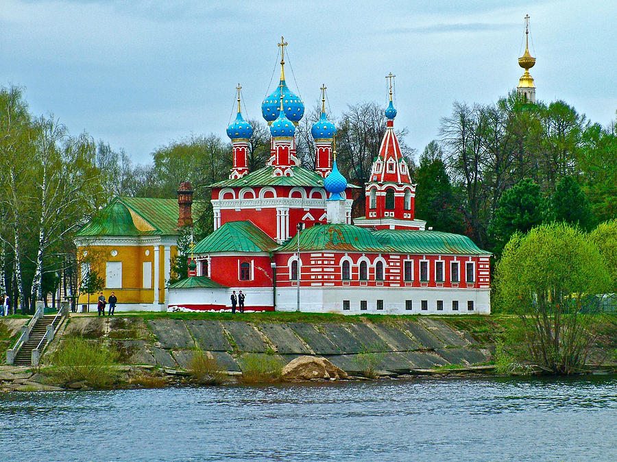 RUSIA UGLICH CRUCEROS FLUVIALES RIOS RUSIA RUSSIAN RIVER CRUISES UGLICH SAINT PETERSBURG RIVER CRUISES MOSCOW