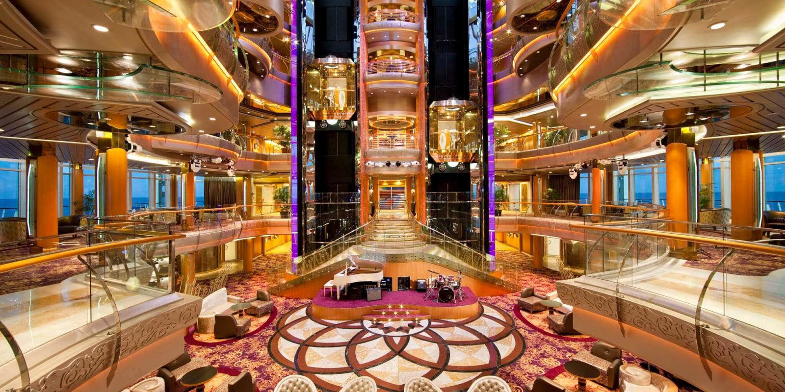 CRUCEROS ROYAL CARIBBEAN CRUCEROS RADIANCE CLASS CRUCEROS BRILLIANCE OF THE SEAS CRUCEROS RADIANCE OF THE SEAS CRUCEROS SERENADE OF THE SEAS CRUCEROS JEWEL OF THE SEAS CRUCEROS EN BARCO MEDIANDO CRUCEROS POCOS PASAJEROS CRUCEROS FAMILIAS CRUCEROS SINGLES CRUCEROS PASAJERO INDIVIDUAL #Cruceros #RoyalCaribbean #Brillianceoftheseas #Radianceoftheseas #jeweloftheseas #serenadeoftheseas #royalcaribbeancruises #familycruises